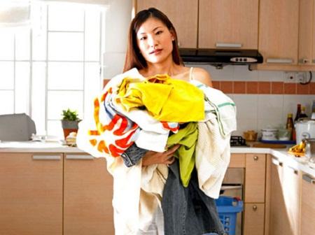 要洗衣服的女人