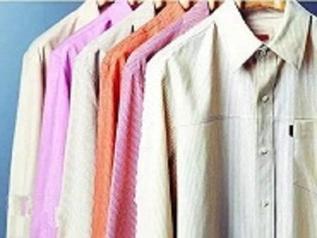 多件彩色衬衫