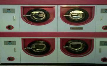伊蔻干洗店设备图